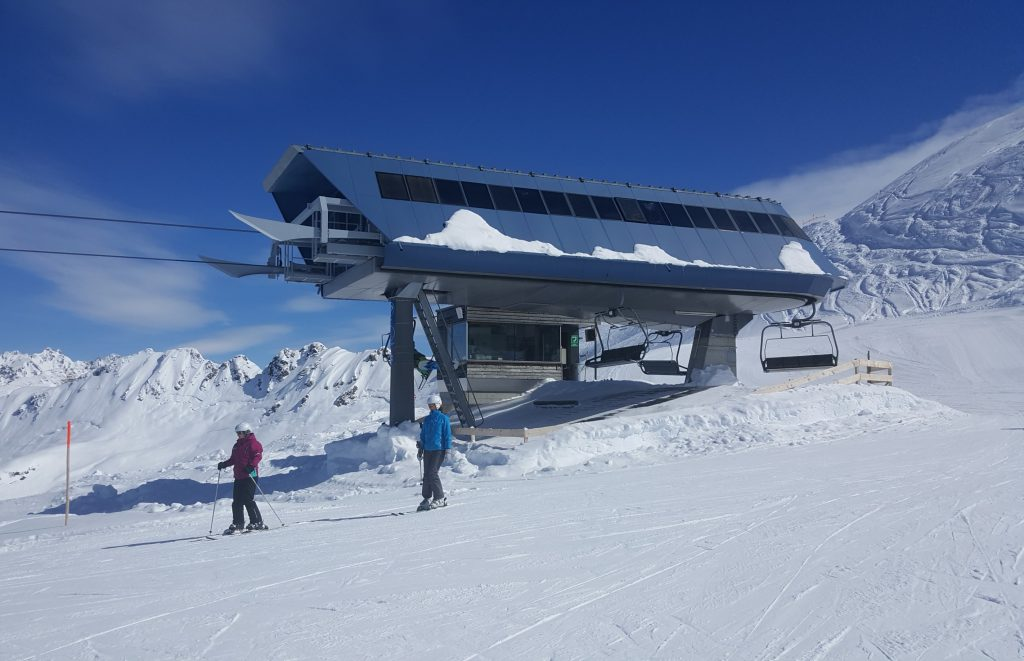 Inghams ski holidays and their support for disabled travelers after settling into my hotel room the first task was to obtain my lift pass and organise my ski hire accompanied by an inghams rep i made the short solutioingenieria Gallery